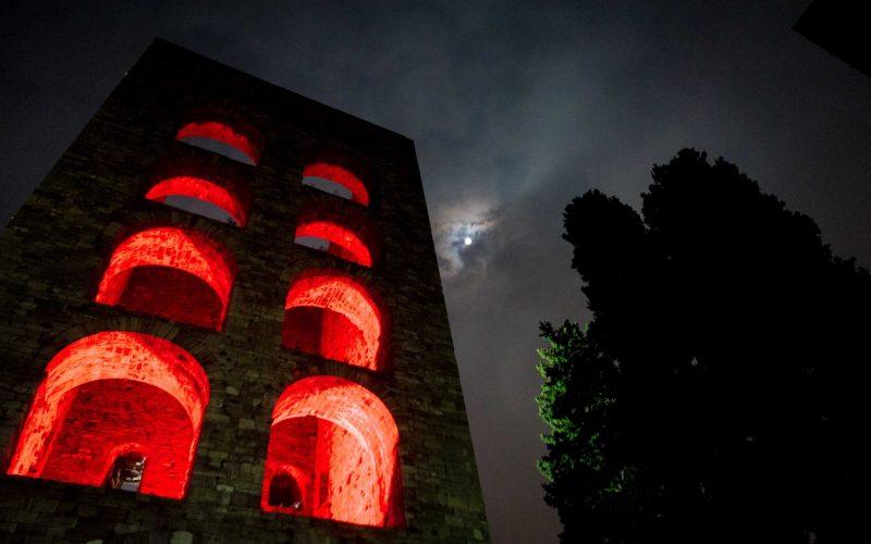 Como Porta Torre installazione di 8208 Light Design Festival